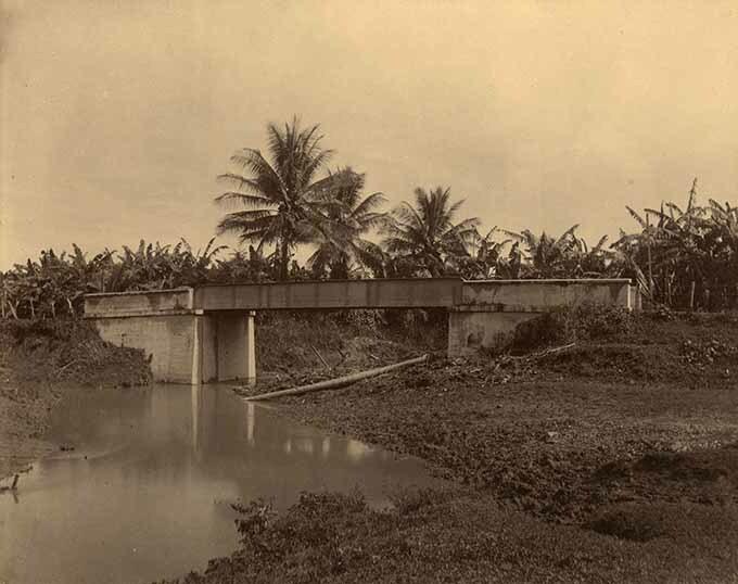 http://nlj.gov.jm/Digital-Images/d_0003954_orange_hill_river_bridge.jpg