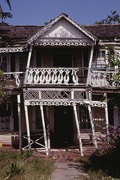 d_0006148_black_river_seafront_house_verandas.jpg