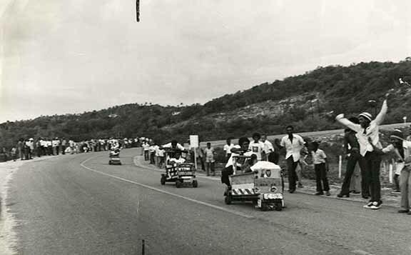 http://nlj.gov.jm/Digital-Images/d_0003761_push_cart_derby3.jpg
