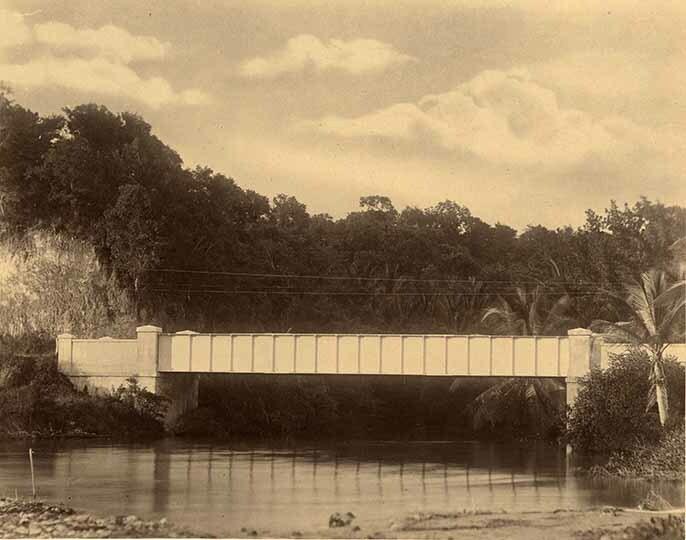 http://nlj.gov.jm/Digital-Images/d_0003952_nutts_river_bridge.jpg