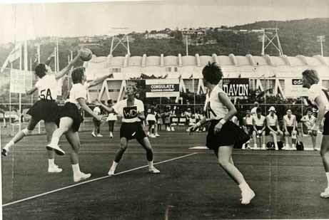 http://nlj.gov.jm/Digital-Images/d_0001861_ireland_new_zealand_netball.jpg