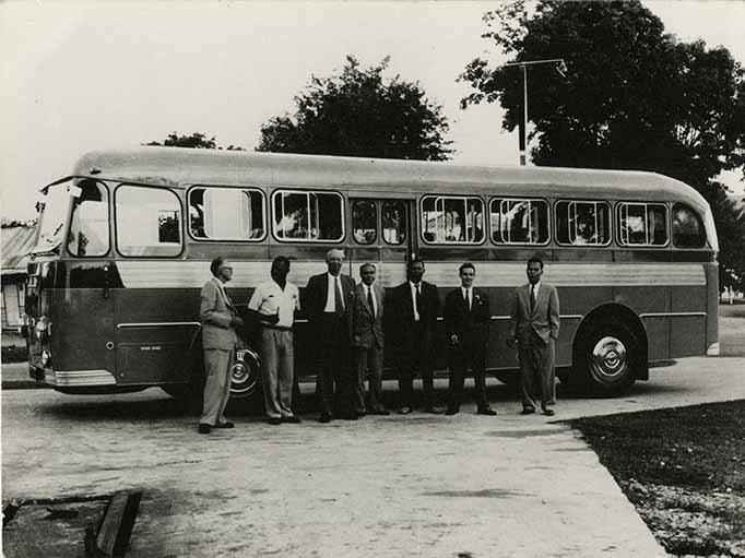http://nlj.gov.jm/Digital-Images/d_0002847_all_steel_body_leyland_bus.jpg