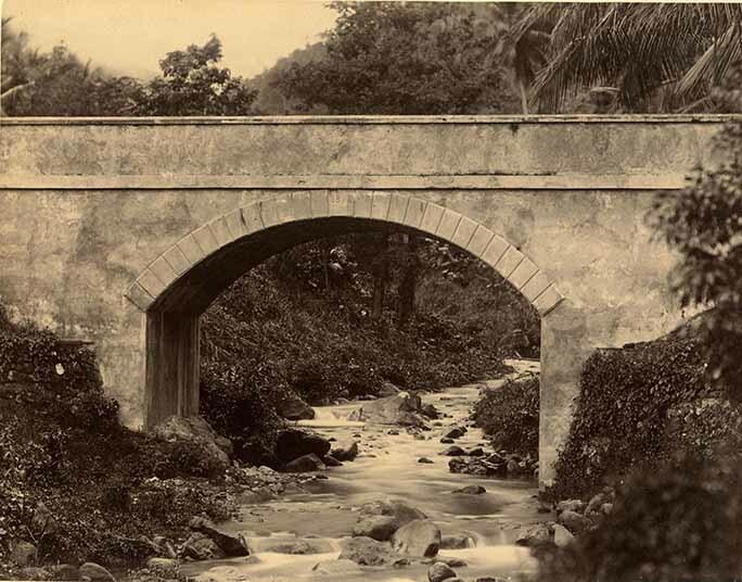 http://nlj.gov.jm/Digital-Images/d_0003966_white_river_bridge.jpg