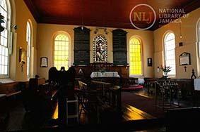 d_0004373_falmouth_parish_church_interior.JPG