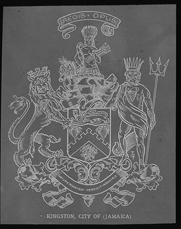 d_0007785_kngston_city_coat_arms.jpg
