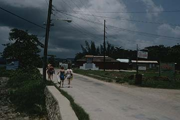 d_0007309__west_end_negril_village_3.jpg