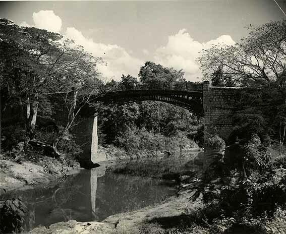 http://nlj.gov.jm/Digital-Images/d_0003414_iron_bridge_sptown.jpg