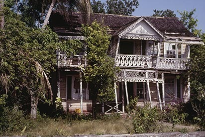 d_0006149_black_river_seafront_house.jpg