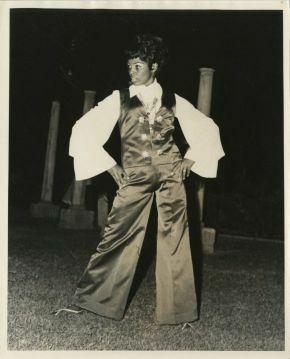 d_0006864_lady_models_pants_suit.jpg