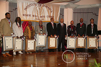 d_0004627_musgrave_awardees_2010.JPG