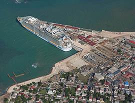 d_0004382_falmouth_pier_aerial.jpg