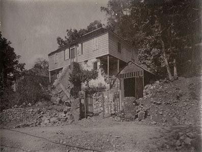 d_0002210_gordon_town_minist_house_1907.jpg