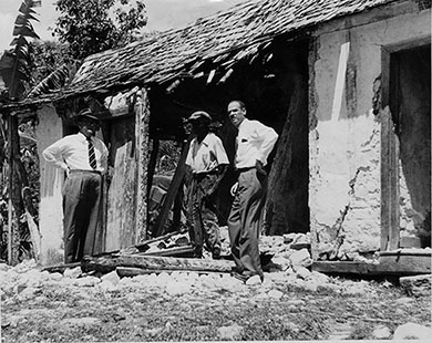d_0007388_badly_damaged_house_hanover.jpg