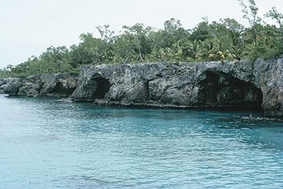 d_0007119_negril_west_end_cliffs_caves.jpg