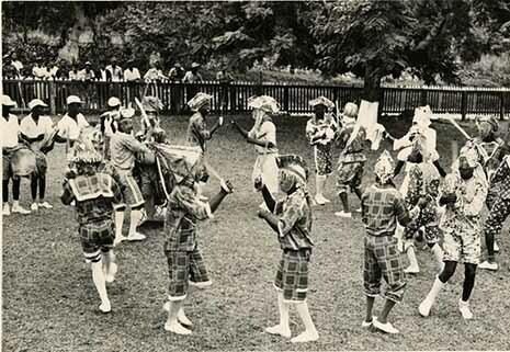 http://nlj.gov.jm/Digital-Images/d_0002819_john_canoe_dancers.jpg