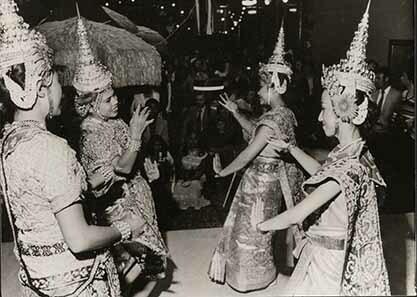 d_0007879_dance_groups_thailand.jpg