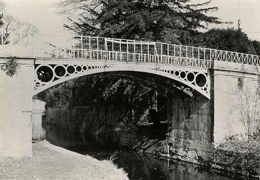 http://nlj.gov.jm/Digital-Images/d_0003415_iron_bridge_sptown.jpg