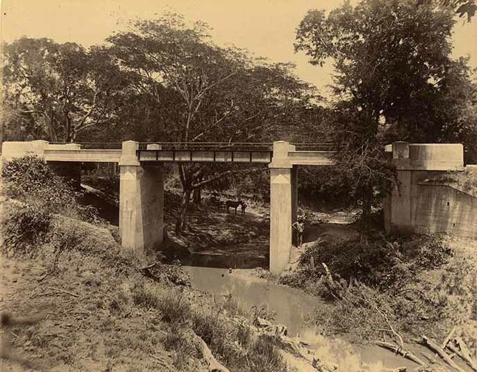 http://nlj.gov.jm/Digital-Images/d_0003963_springfield_bridge.jpg