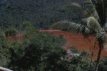 d_0006135_bauxite_industry_waste.jpg