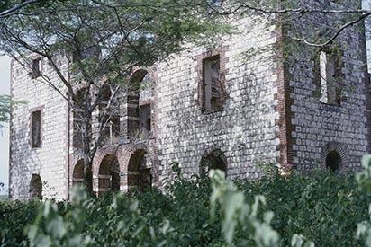 17 Colbeck Castle, St. Catherine (1979).jpg