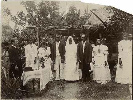 http://nlj.gov.jm/Digital-Images/d_0003469_mass_wedding.jpg