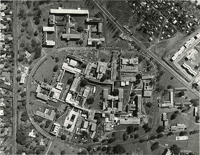 http://nlj.gov.jm/Digital-Images/d_0003518_aerial_view_uhwi_1975.jpg