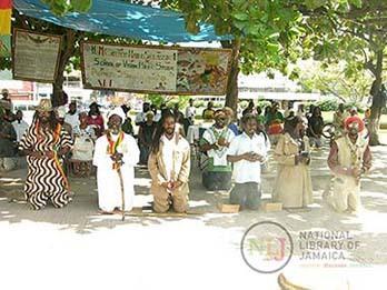 d_0004344_rastafarian_worship.JPG