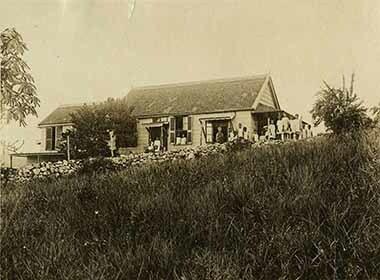 http://nlj.gov.jm/Digital-Images/d_0003392_belmont_orphanage2.jpg