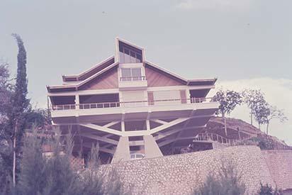 d_0006238_house_beverly_hills_kingston.jpg
