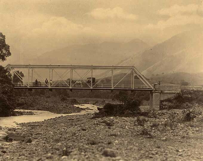 http://nlj.gov.jm/Digital-Images/d_0003943_johnson_river_bridge.jpg