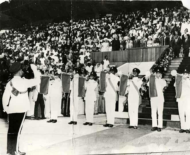 http://nlj.gov.jm/Digital-Images/d_0002757_flag_raising_ceremony_1962.jpg
