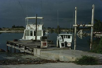 d_0007013_mahoe_bay_reclaimed_land_jetty_st_james_1978.jpg