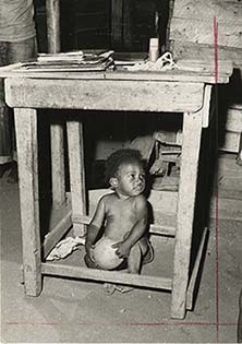 d_0005075_playing_under_table.jpg