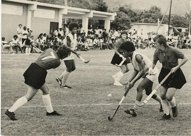 d_0004964_trinidad_wales_hockey_teams.jpg
