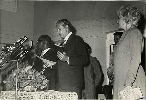 http://nlj.gov.jm/Digital-Images/d_0003316_pm_swearing_1972.jpg