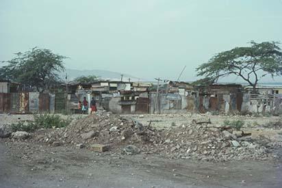 29 Shanty town, West Kingston, from Railway (1978).jpg