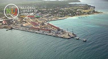 d_0004339_falmouth_pier_aerial.jpg