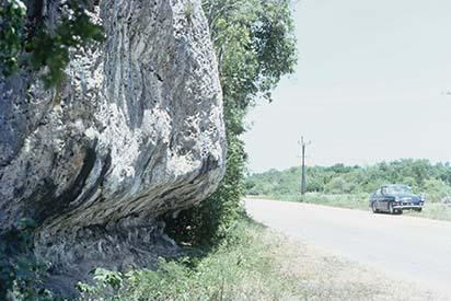 d_0007221_raised_coral_limestone_sea_cliffs_rio_bueno_2.jpg