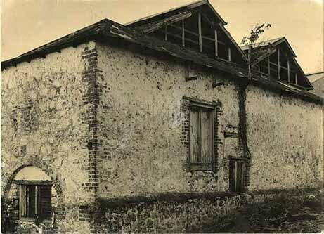 http://nlj.gov.jm/Digital-Images/d_0003988_old_building_worthy.jpg