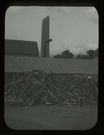d_0007738_steel_brick_chimney.jpg