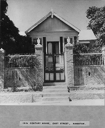 d_0007386_19th_century_house_east_street.jpg