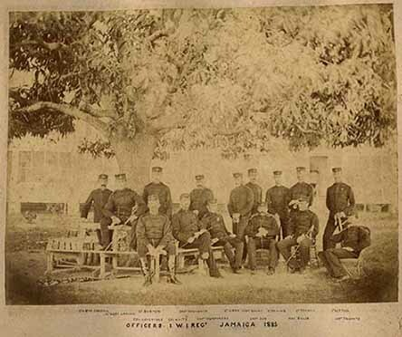 d_0002425_officers_1_wi_regt_1885.jpg
