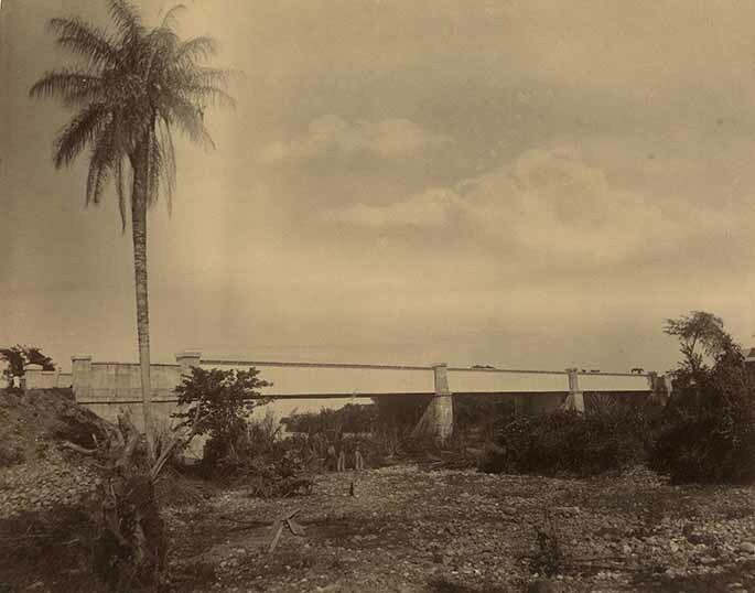 http://nlj.gov.jm/Digital-Images/d_0003962_spanish_river_bridge.jpg
