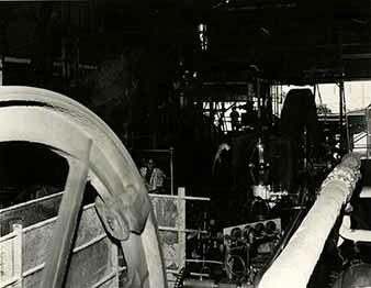 http://nlj.gov.jm/Digital-Images/d_0003916_steam_engine.jpg