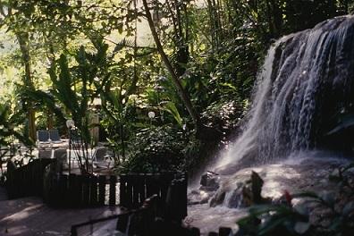 d_0006929_waterfall_enchanted_garden.jpg