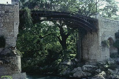 d_0006983_iron_bridge_spanish_town_st_catherine_1981_4.jpg