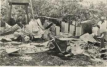 d_0005694_fire_destroys_residence.jpg
