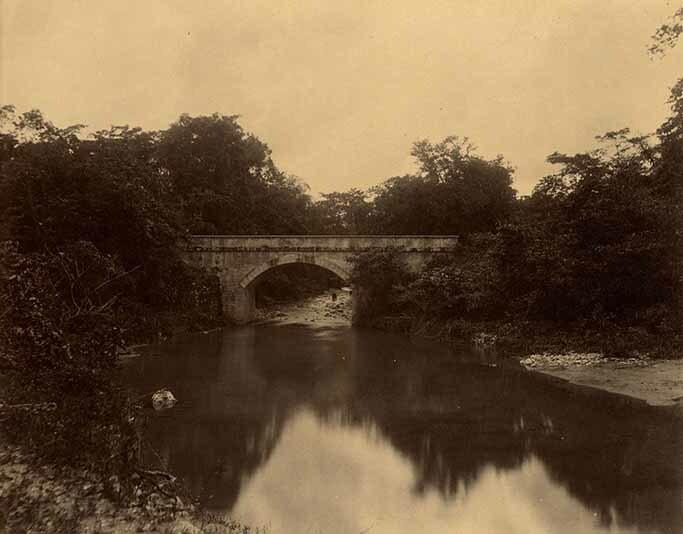 http://nlj.gov.jm/Digital-Images/d_0003967_whitehall_river_bridge.jpg