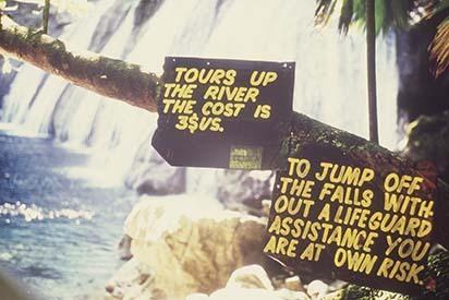 d_0007228_reach_falls_notices_tourists.jpg
