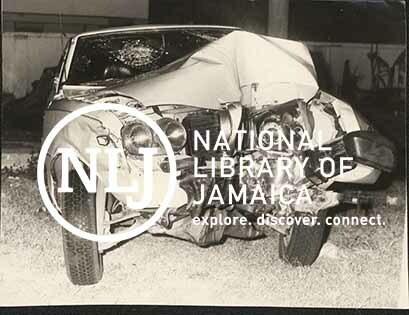 d_0008115_car_crash_wreckage.jpg